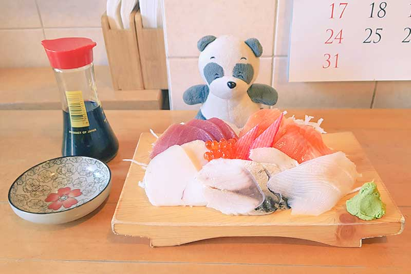 Kojiro Sushi Bar Fish Shop Naschmarkt Vienna Wien Austria - Authentic Traditional Japanese Japanschies Sushi Restaurant Sashimi Set